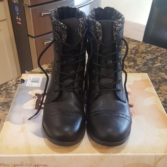 Mudd Shoes | Mudd Boots | Poshmark
